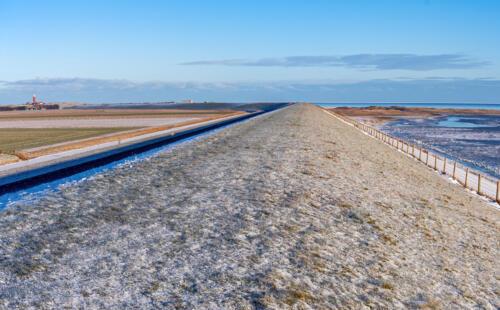 T5. Waddendijk richting vuurtoren van Texel